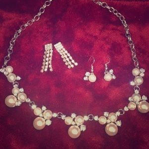 Glam & Pearl Necklace & Earring Set